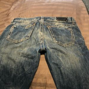 Buckle black jeans- worn 1 time!